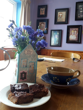 Deliciously Ella's chocolate brownies.